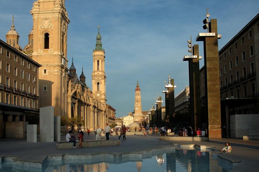 Plazas y Estatuas